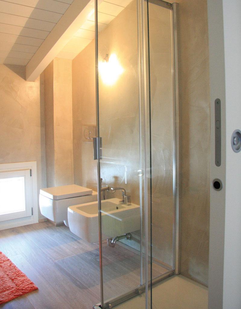 Stanze da bagno rf casa interni - Bagno mansarda rivestimento ...
